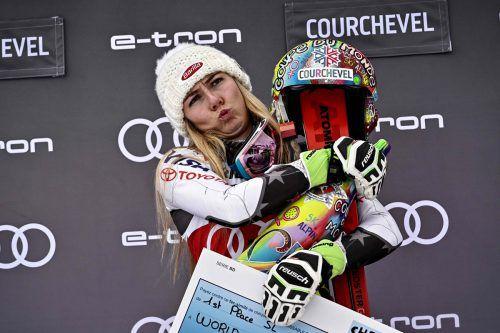 Mikaela Shiffrin schenkte sich zu Weihnachten Sieg Nummer 50.apa