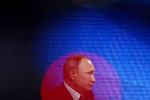 Mit Blick auf die Sanktionen gab sich der Kremlchef gelassen. reuters