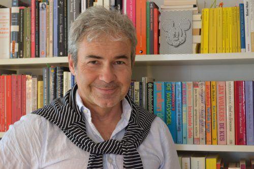 Musik-Professor Christof Moser liebt es, Elemente der Klassik mit jenen der Rockmusik zu kombinieren. BI