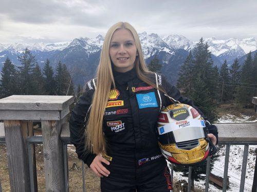 Ob am Muttersberg oberhalb von Bludenz oder im Ferrari 488 Challenge, die talentierte Rennfahrerin Fabienne Wohlwend macht immer eine gute Figur.Ferrari