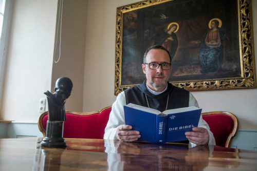 Pater Vinzenz empfängt am 2. Jänner 2019 seine Weihe zum neuen Abt des Klosters Mehrerau in Bregenz. VN
