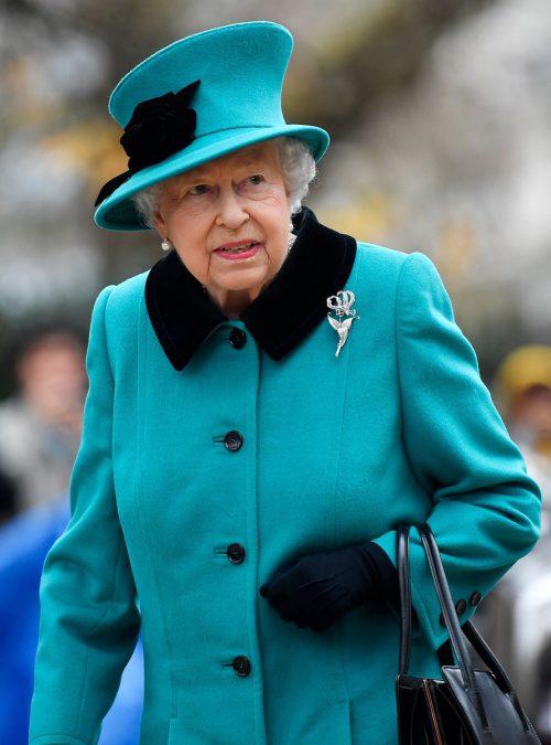 Queen Elizabeth II. sitzt mit 92 noch fest auf dem Thron, sie weiß aber, dass sie nicht ewig weitermachen kann. AFP