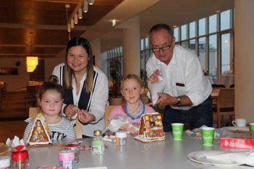 Reinhard Lässer backt jährlich Kekse für verschiedene karitative Vereine im Landhaus. nam