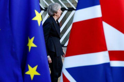 Theresa May versuchte ihr Glück in Brüssel. Die Brexit-Abstimmung in London soll zwischen 7. und 18. Jänner stattfinden.RTS