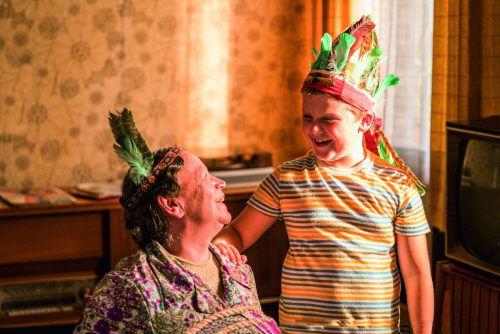 Überragend in der Verfilmung: Der zehnjährige Julius Weckauf als achtjähriger Hans-Peter. WArner Bros