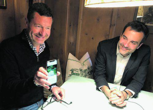 VN-Gespräch mit Kai Diekmann (l.) und Florian Klenk.VN/MIH