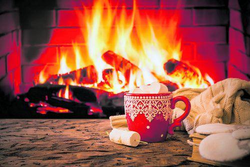 Weihnachtszeit ist Ofenzeit. Ein guter Rauchabzug ist wichtig. foto:Shutterstock