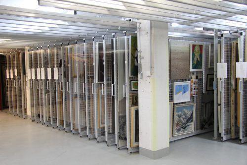 Zum Museumsdepot am Bregenzer Brachsenweg kommt nun eine Lagerhalle für die Kulturhäuser und die Landesbibliothek in Hard. Rauch