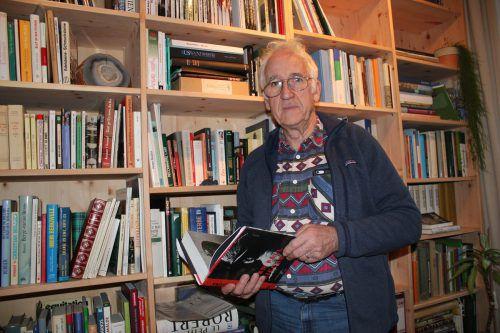 Zusammen mit Peter Erhart setzte Häusle die Dorfchronik um. VN/JLO