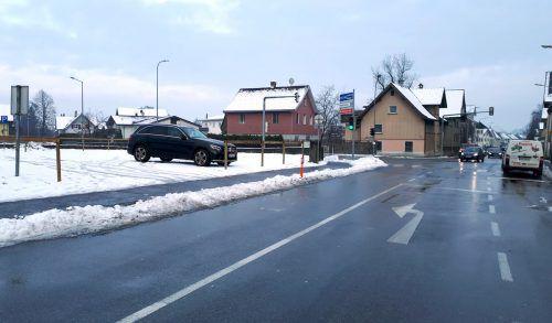 18 Parkplätze sind jetzt am Kopf der Marktstraße eingerichtet worden.Stadt