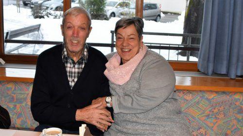Anton Seidl und Pia Meyer beim Seniorenhock.