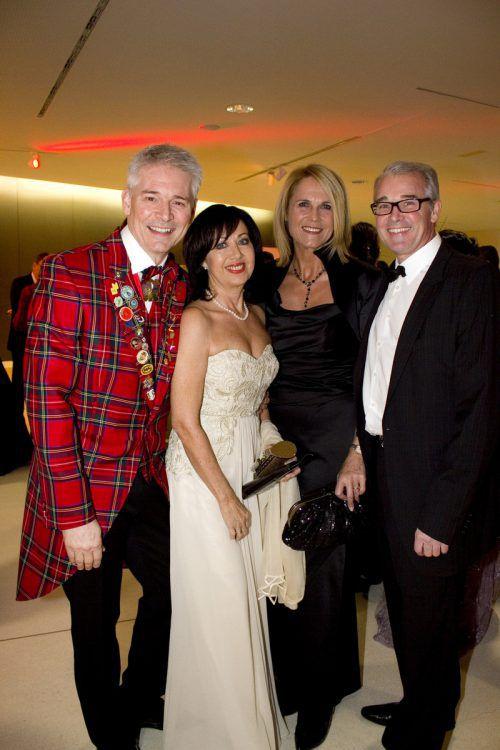 Ballgründer Dietmar Kaufmann und Anita mit Renate Schwerzler und Andreas Blum.
