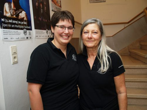 Barbara Schmidhofer und Eva-Maria Berle vom Altes-Kino-Team.