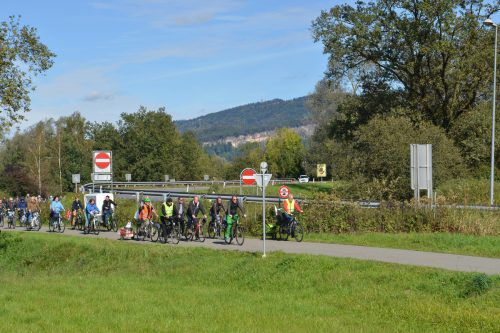 Das Naherholungsgebiet ist ein beliebtes Ausflugsziel für zahlreiche Menschen im Rheintal. VLK