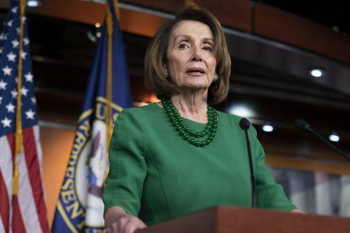 Demokratin Nanci Pelosi und Donald Trump hegen keine Sympathie füreinander. ap