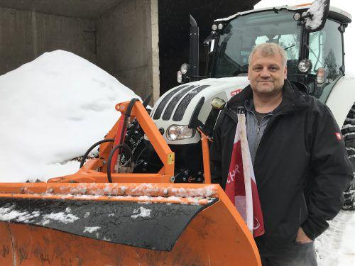 Der Leiter der Straßenmeisterei Dornbirn, Hubert Dreher, und seine Räumfahrzeuge sind aktuell im Dauereinsatz.vn/trötzmüller
