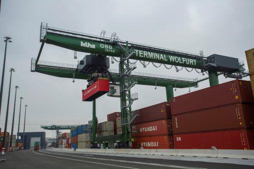Der Terminal Wolfurt ist für viele Güter aus Vorarlberg das Tor zur Welt.VN/Paulitsch