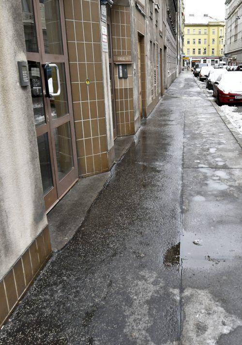Der Verdächtige attackierte sein erstes Opfer in Wien-Margareten. APA