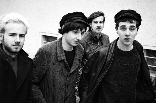 """Die Berliner Band Isolation Berlin wurde 2012 gegründet, 2018 kam das aktuelle Album """"Vergifte dich"""" auf den Markt.ISOLATION BERLIN"""