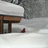 Dauerschneefall verschärft Lawinengefahr in Österreich