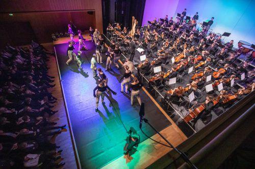 Die jungen Musiker überzeugten als Partner und somit beste Freunde des Ensembles Tanzhaus Hohenems. sams