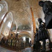 Kaiser Maximilian zieht immer noch
