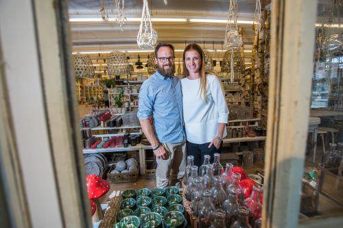 Edith und Remo Klinger konzentrieren sich nun auf die Geschäfte in Dornbirn und Bizau sowie die Ferienwohnungen. VN/Steurer