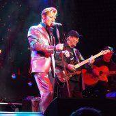 TCB und Dennis Jale lassen den King of RocknRoll hochleben