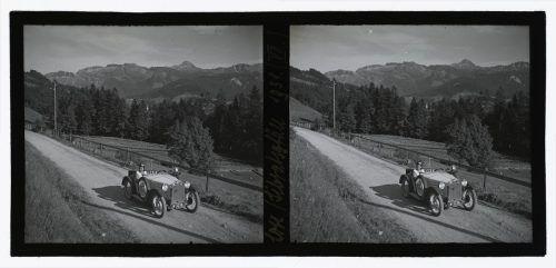 Eleonore Bertolini rund um Sibratsgfäll 1931 unterwegs.