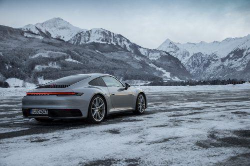 Erste VN-Testkilometer mit dem neuen Porsche 911. Begeisternder Auftritt auf Eis und Schnee.werk