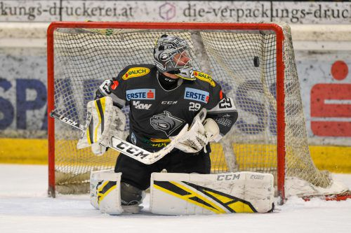 Goalie Juha Rasmus Rinne wird Dornbirner Bulldogs länger fehlen . GEPA