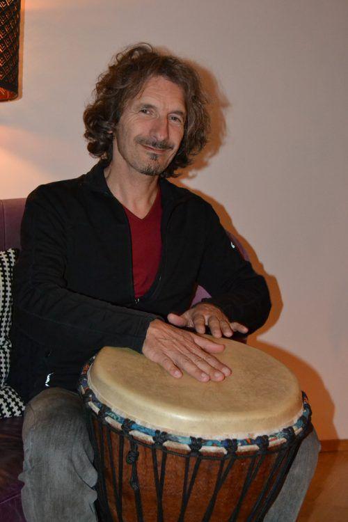 Hubert Sander ist heute als Duo mit Niko Mittendorfer im Gemeindesaal Hohenweiler zu hören. bi