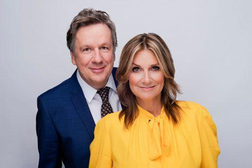 """Jörg Kachelmann und Kim Fisher moderieren einmal wöchentlich die Talkshow """"Riverboat"""". MDR/Kirsten Nijhof"""