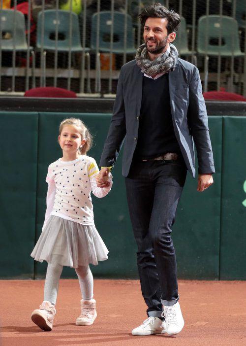 Julian Knowle, im Bild mit Tochter Alicia, kämpft nach schwierigen Monaten um sein Comeback.Gepa