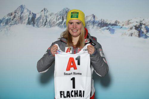 Katharina Liensberger geht heute beim Nachtslalom in Flachau als Erste über die Piste, sie zog bei der Startnummerauslosung die Nummer eins. gepa