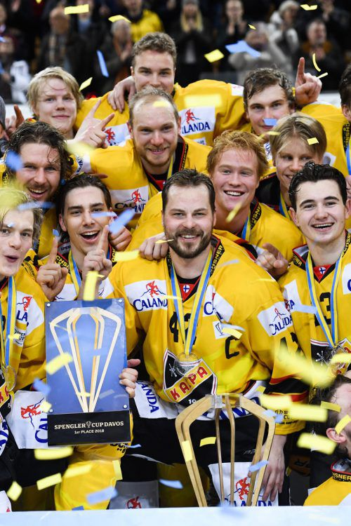Kuopio holte sich bei der Premiere in Davos den Spengler Cup. ap