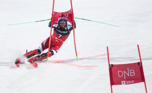 Marco Schwarz wählte beim City Event in Oslo die kürzeste Linie und setzte sich im Finale des Parallel-Rennens gegen den Briten Dave Ryding durch. gepa