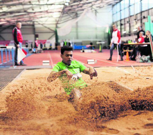 Oluwatosin Ayodeji verfehlte mit 6,96 m nur hauchdünn die Sieben-Meter-Marke im Weitsprung.VLV