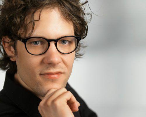 Philipp Ikrath referiert beim ersten KMU-Treff am 5. Februar. Foto wilke