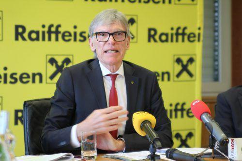 """Raiba-Chef Wilfried Hopfner: """"Nachhaltigste Hilfe ist jene zur Selbsthilfe.VN/MR"""
