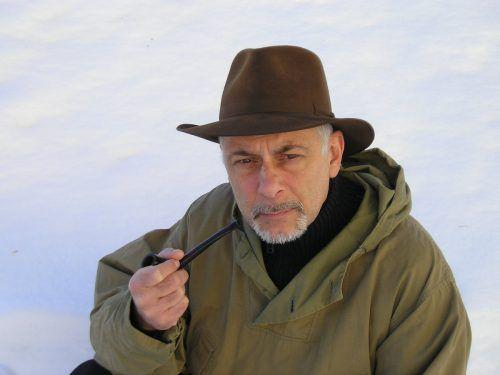Roland Eugen Beiküfner spielt Ernest Shackleton sowie den stv. Expeditionsleiter.kunst und drama