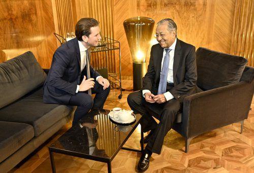 Sebastian Kurz lud Mahathir bin Mohamad ins Kanzleramt zum Gespräch. apa