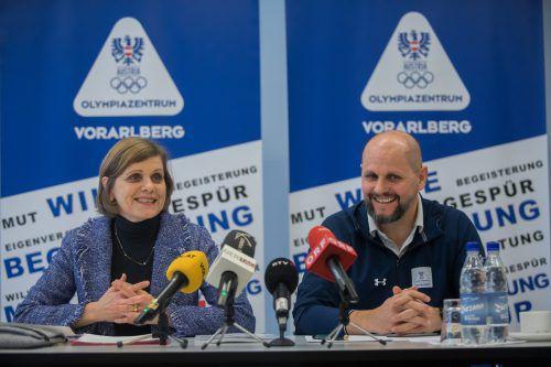 Sportlandesrätin Barbara Schöbi-Fink und OZ-Geschäftsführer Sebastian Manhart sehen 2019 sportlich optimistisch entgegen.steurer