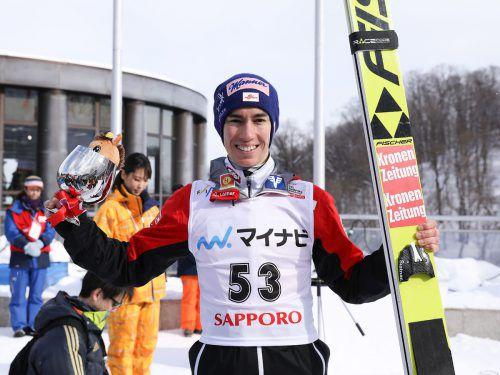 Stefan Kraft war bei den Weltcupbewerben in Sapporo eine Klasse für sich. AFP