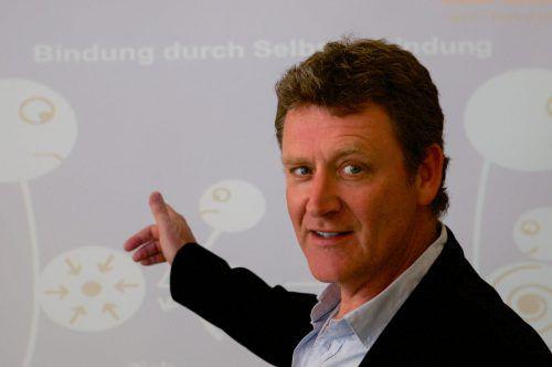Thomas Harms istDiplompsychologe und Autor zahlreicher Bücher.