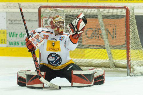 VEU-Goalie Alex Caffi braucht einen Sternetag gegen die torgefährlichen Jung-Bullen aus Salzburg.VN/Stiplovsek