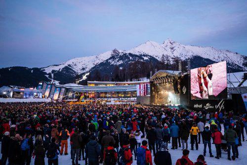 10.000 Zuschauer sorgten auf der Medal Plaza im Herzen von Seefeld für einen würdigen Rahmen bei der stimmungsvollen Eröffnungsfeier der Nordischen Ski-Weltmeisterschaft.GEPA