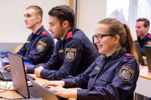 Am 28. Februar 2019 endet die Bewerbungsfrist für Interessenten, die sich für eine Laufbahn bei der Polizei entschieden haben. bmi