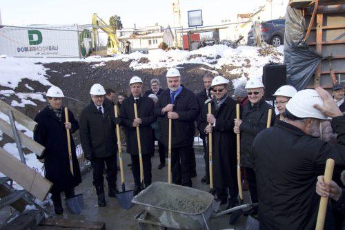 Am 4. Februar erfolgte der Startschuss für den Neubau der Kirche.