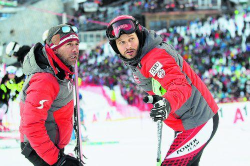 Christian Hirschbühl holt sich Tipps von Slalomtrainer Marco Pfeifer.gepa